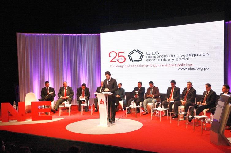 CIES co organizó debates electorales en Lima y regiones