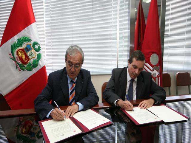 Firma del Acuerdo Interinstitucional JNE – CIES